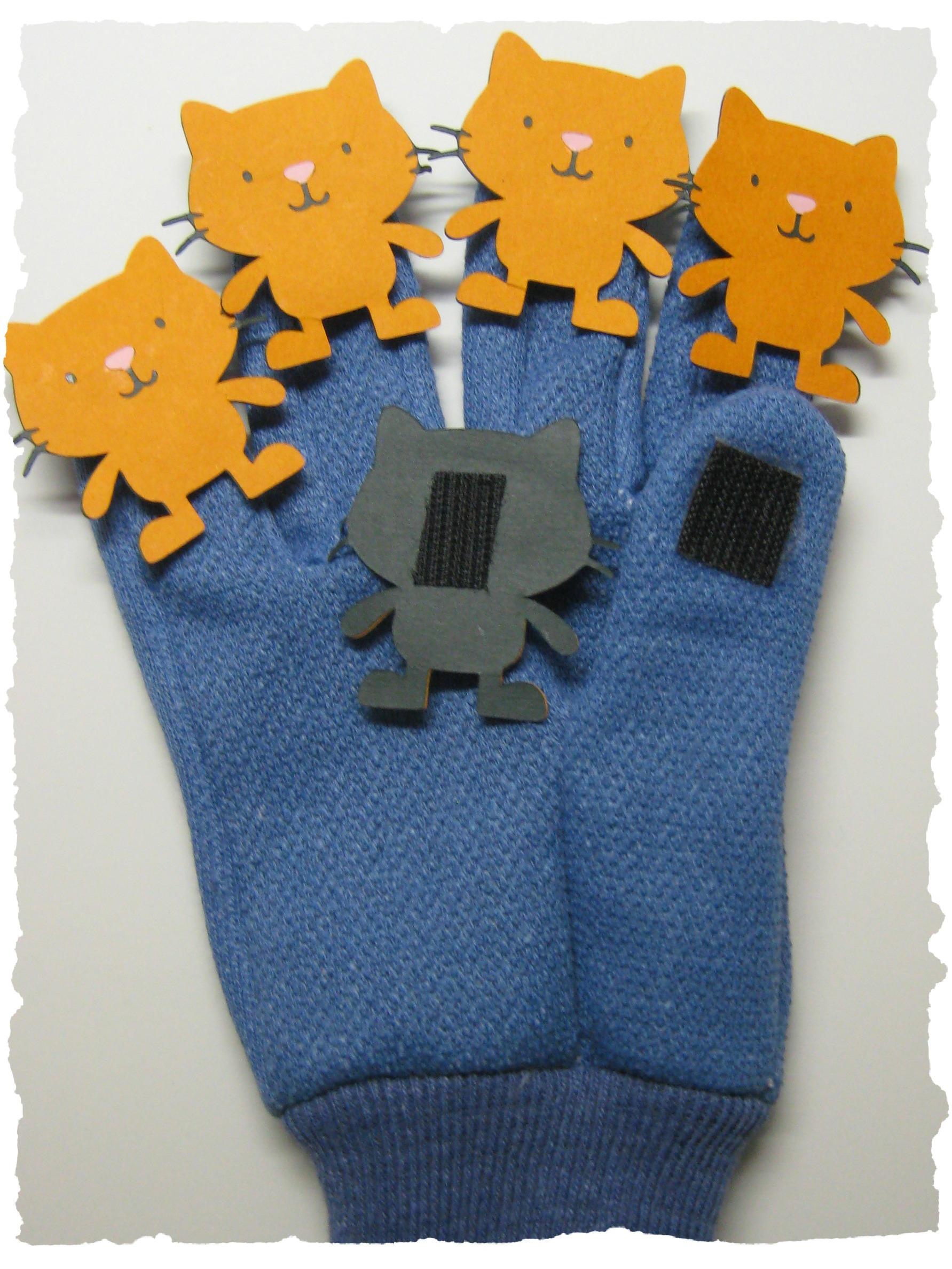 glove with cats